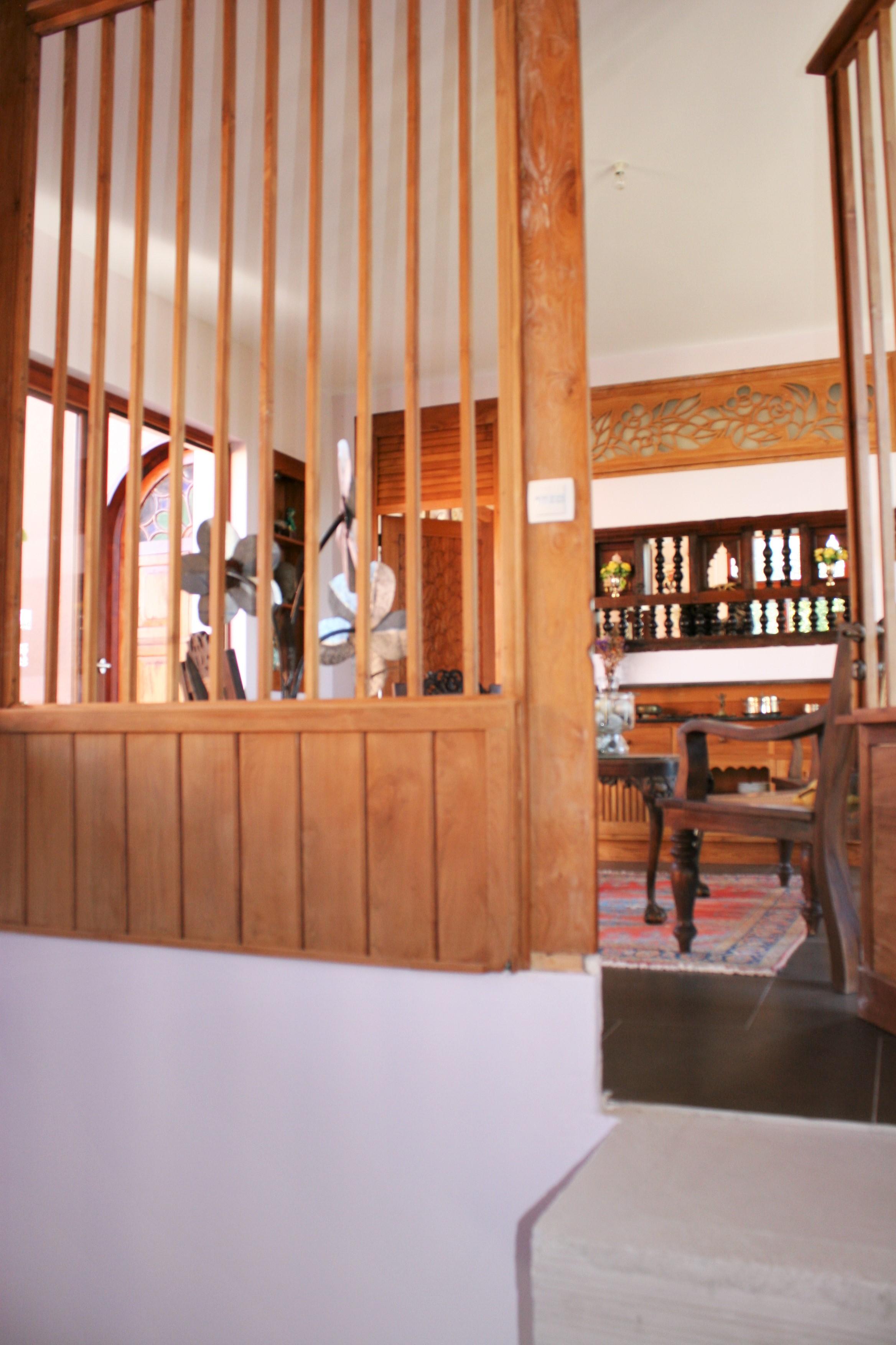 M: cage d'escalier