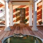 A: entrée de la villa (C)